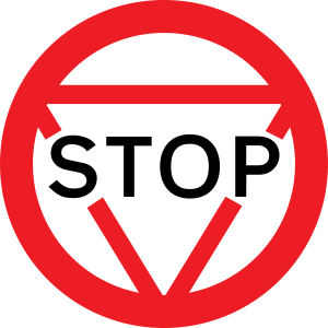 600px-UK_Stop_Sign_-_Old_svg