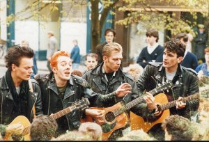 pic_busking_tour_york_1985